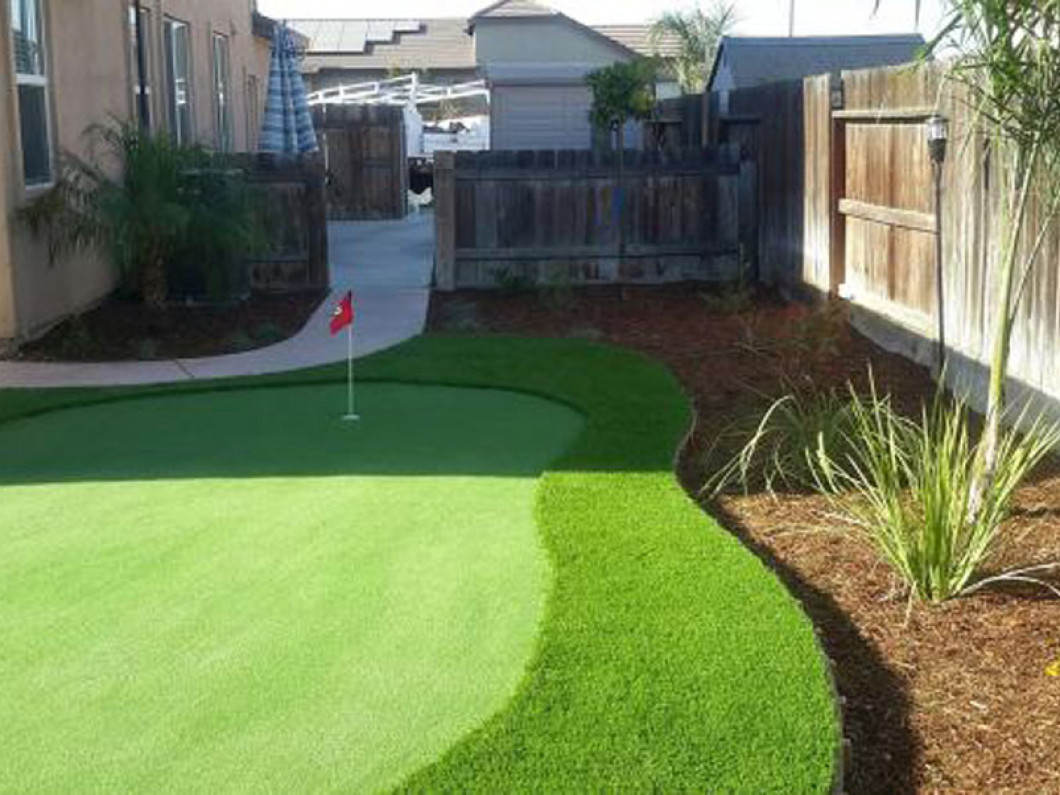 Enjoy a Green Lawn All Year Long with an Artificial Grass Lawn